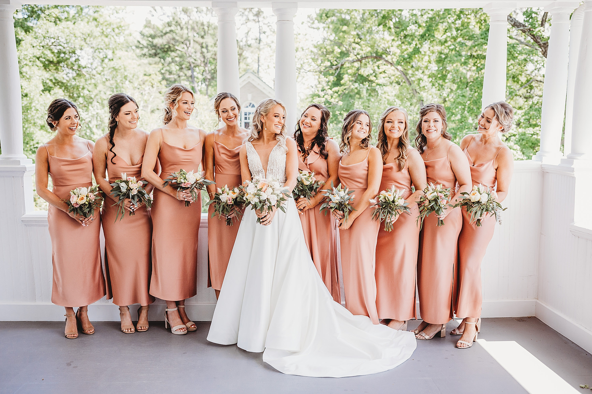 first look with bridal party